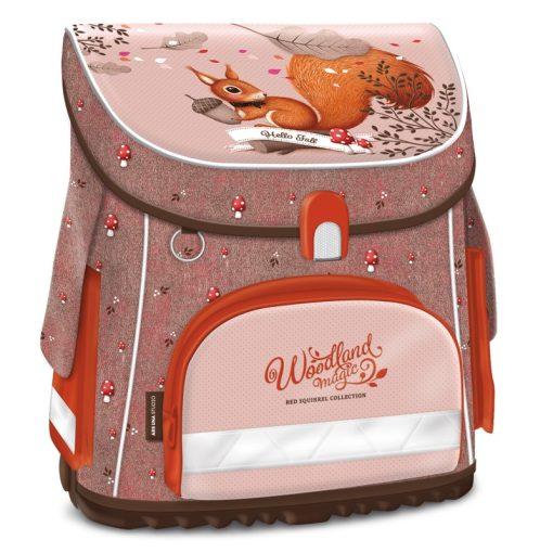 Ars Una kompakt easy mágneszáras iskolatáska Woodland
